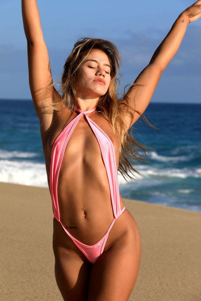 Slingshot-swimsuit-bright-pink-4