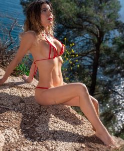 bikini-tops-peekaboo-diagonal-sylvie_dolly83-6